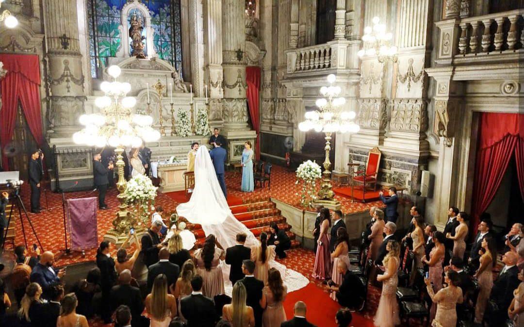 Nicole Bahls e Marcelo Bimbi agora casados